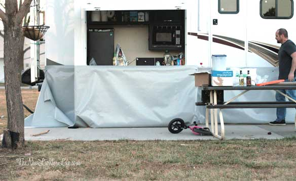 DIY Vinyl Skirting for Winter RVing - The New Lighter Life