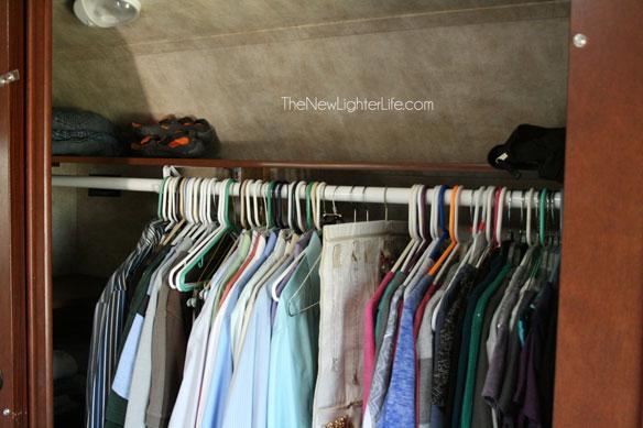 updated-closet-bar-in-RV-Master-Bedroom
