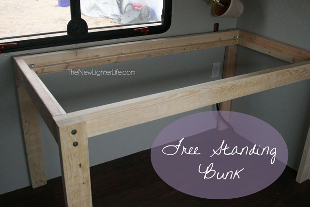 freestanding-bunk